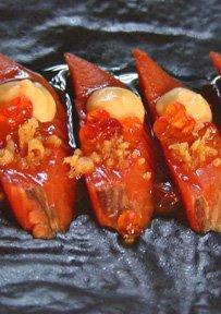 Sashimi di salmone selvaggio dell'Alaska con maionese di uova intere de ponzu