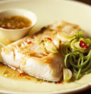 Black cod dell'Alaska con salsa di zenzero e lime